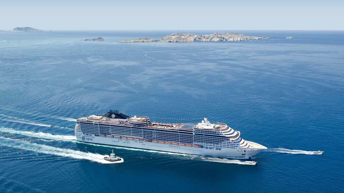 Capitale croisi res syndicat d 39 initiative marseille tourisme - Port embarquement croisiere marseille ...