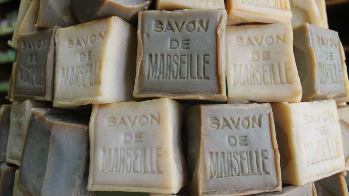 Le savon syndicat d 39 initiative marseille tourisme - Union des professionnels du savon de marseille ...